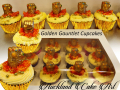 GOLDEN-GAUNTLET-CUPCAKES