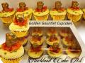 GOLDEN-GAUNTLET-CUPCAKES